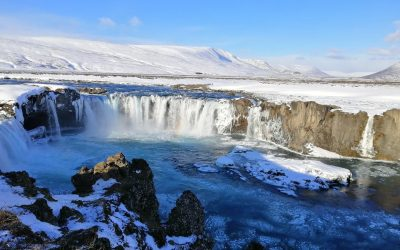 Is it a bad idea to visit Iceland in the winter?